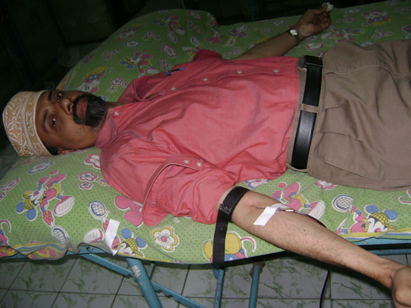 Donated blood at Government Children Hospital, Chennai on 8th June 2012